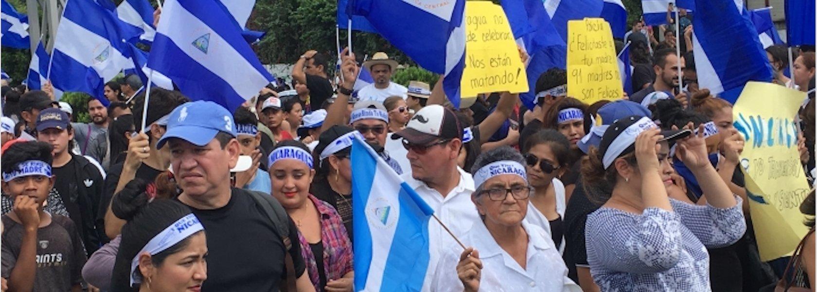 Nicaragua: Patrón de ataques contra periodistas involucrados en labores de información sobre la represión de las protestas en el país