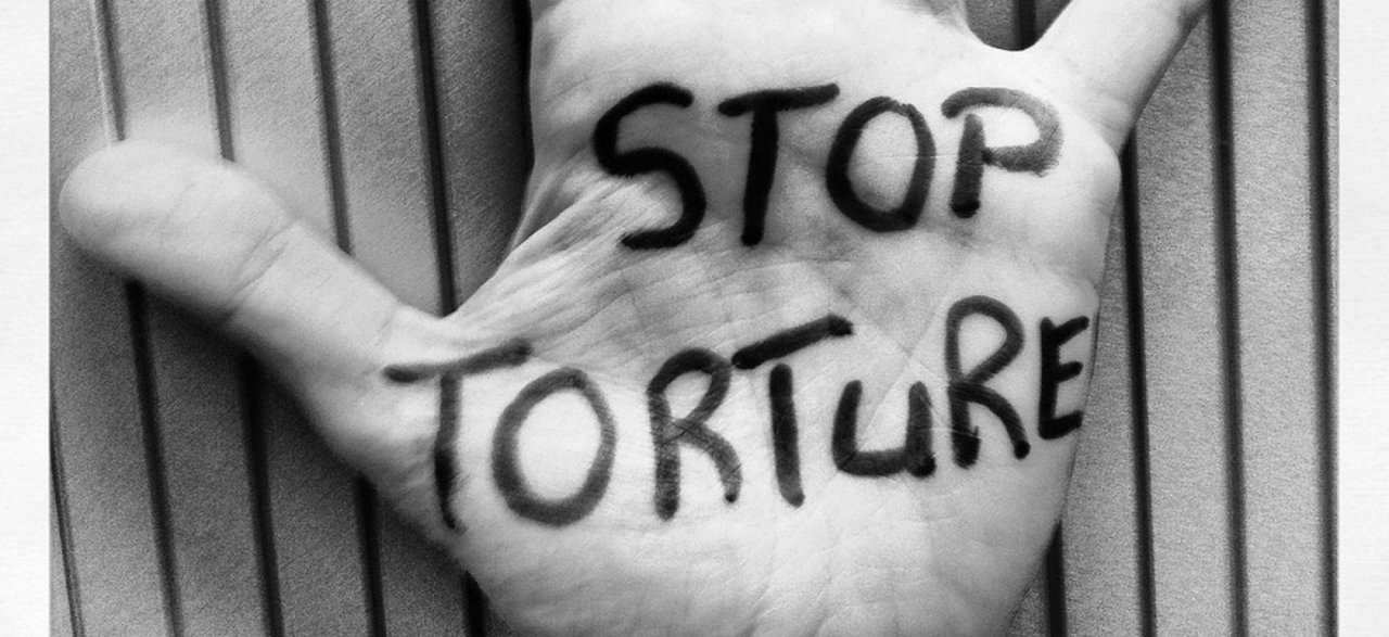 L ogdh et mdt portent plainte contre 12 membres des forces for Jeunes portent plainte